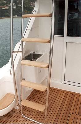 Flybridge Ladder Steps